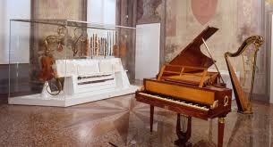 La musica a Bologna: il Museo Internazionale della Musica e la Collezione Tagliavini in San Colombano